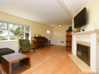 Photo 3: 3337 Richmond Rd in VICTORIA: SE Mt Tolmie Single Family Detached for sale (Saanich East)  : MLS®# 819267