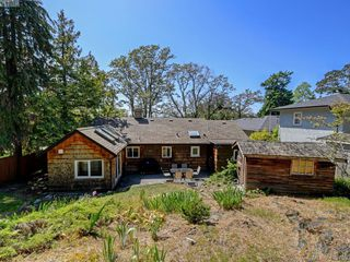 Photo 22: 3337 Richmond Rd in VICTORIA: SE Mt Tolmie Single Family Detached for sale (Saanich East)  : MLS®# 819267