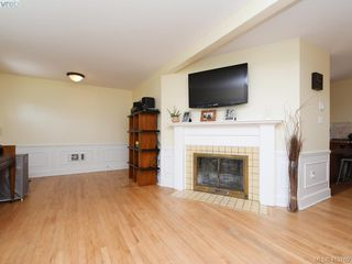 Photo 4: 3337 Richmond Rd in VICTORIA: SE Mt Tolmie Single Family Detached for sale (Saanich East)  : MLS®# 819267