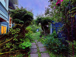 Photo 25: 1210 Lavinia Lane in VICTORIA: SE Cordova Bay Single Family Detached for sale (Saanich East)  : MLS®# 819540