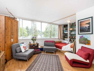 "Photo 4: 502 1785 ESQUIMALT Avenue in West Vancouver: Ambleside Condo for sale in ""Shalimar"" : MLS®# R2387150"