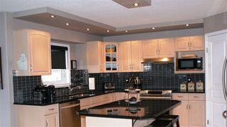 Photo 12: 1640 welbourn Cove in Edmonton: Zone 20 House for sale : MLS®# E4172975