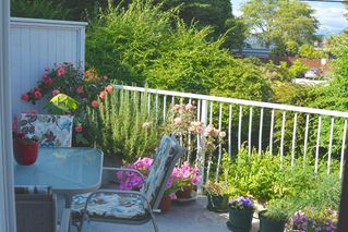 Photo 10: 32 5761 WHARF AVENUE in Sechelt: Sechelt District Townhouse for sale (Sunshine Coast)  : MLS®# R2398782