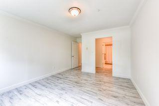 "Photo 11: 103 15885 84 Avenue in Surrey: Fleetwood Tynehead Condo for sale in ""Abbey Road"" : MLS®# R2429696"