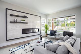 Photo 2: 405 E KEITH Road in North Vancouver: Boulevard House for sale : MLS®# R2439453
