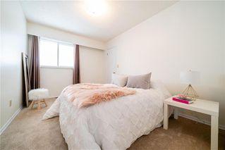 Photo 15: 231 Fairlane Avenue in Winnipeg: Crestview Residential for sale (5H)  : MLS®# 202004066