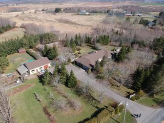 Photo 1: 317 MIDDLE DYKE Road in Chipmans Corner: 404-Kings County Residential for sale (Annapolis Valley)  : MLS®# 202007193