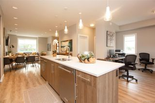 Photo 19: 7876 Lochside Dr in Central Saanich: CS Turgoose Row/Townhouse for sale : MLS®# 842774