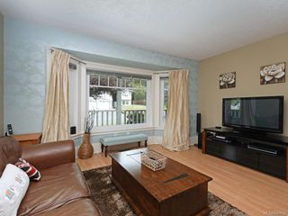 Photo 8: 4178 Thornhill Cres in Saanich: SE Lambrick Park House for sale (Saanich East)  : MLS®# 840612