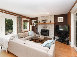 Photo 6: 4178 Thornhill Cres in Saanich: SE Lambrick Park House for sale (Saanich East)  : MLS®# 840612