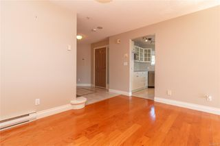 Photo 7: 111 75 Songhees Rd in : VW Songhees Row/Townhouse for sale (Victoria West)  : MLS®# 854182