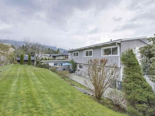 Photo 25: 921 ROSLYN BOULEVARD in North Vancouver: Dollarton House for sale : MLS®# R2487942