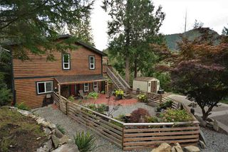 Photo 3: 4461 GARDEN BAY Road in Garden Bay: Pender Harbour Egmont House for sale (Sunshine Coast)  : MLS®# R2509182