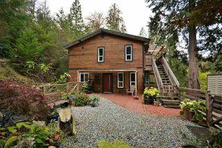 Photo 2: 4461 GARDEN BAY Road in Garden Bay: Pender Harbour Egmont House for sale (Sunshine Coast)  : MLS®# R2509182