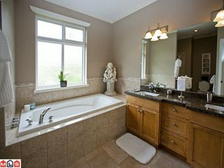 "Photo 6: 35461 JADE Drive in Abbotsford: Abbotsford East House for sale in ""Eagle Mountain"" : MLS®# F1117741"