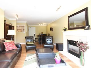 "Photo 11: 203 833 W 16TH Avenue in Vancouver: Fairview VW Condo for sale in ""THE EMERALD"" (Vancouver West)  : MLS®# V906955"
