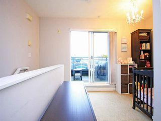 "Photo 17: 26 288 ST DAVIDS Avenue in North Vancouver: Lower Lonsdale Townhouse for sale in ""ST DAVID'S LANDING"" : MLS®# V1041759"