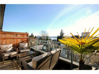 "Photo 2: 26 288 ST DAVIDS Avenue in North Vancouver: Lower Lonsdale Townhouse for sale in ""ST DAVID'S LANDING"" : MLS®# V1041759"