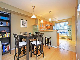 "Photo 7: 26 288 ST DAVIDS Avenue in North Vancouver: Lower Lonsdale Townhouse for sale in ""ST DAVID'S LANDING"" : MLS®# V1041759"