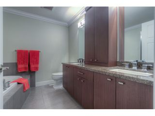Photo 10: 8 2456 163RD Street in Surrey: Grandview Surrey Townhouse for sale (South Surrey White Rock)  : MLS®# F1401180