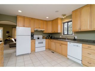 "Photo 7: 3955 FRANCES Street in Burnaby: Willingdon Heights House for sale in ""Willingdon Heights"" (Burnaby North)  : MLS®# V1050591"