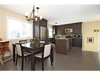 Photo 6: 6043 LAKEVIEW Drive SW in CALGARY: Lakeview Residential Detached Single Family for sale (Calgary)  : MLS®# C3604222