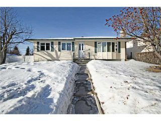 Photo 1: 6043 LAKEVIEW Drive SW in CALGARY: Lakeview Residential Detached Single Family for sale (Calgary)  : MLS®# C3604222