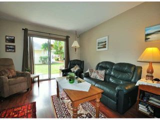 """Photo 3: 7 32286 7TH Avenue in Mission: Mission BC Townhouse for sale in """"Luther Place"""" : MLS®# F1430357"""