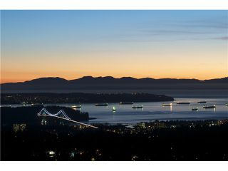 Photo 14: 237 RONDOVAL Crescent in North Vancouver: Upper Delbrook House for sale : MLS®# V1102155