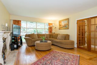 Photo 4: 1189 SHAVINGTON Street in North Vancouver: Calverhall House for sale : MLS®# V1106161