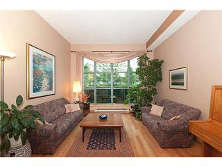 """Photo 3: 4 1182 QUEBEC Street in Vancouver: Mount Pleasant VE Townhouse for sale in """"CITYGATE"""" (Vancouver East)  : MLS®# V1112394"""