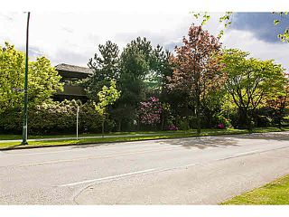 "Photo 14: 302 1720 W 12TH Avenue in Vancouver: Fairview VW Condo for sale in ""TWELVE PINES"" (Vancouver West)  : MLS®# V1121634"