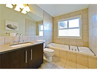 Photo 22: 2626 1 Avenue NW in Calgary: West Hillhurst House for sale : MLS®# C4039407