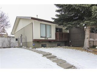 Photo 1: 6139 MADDOCK Drive NE in Calgary: Marlborough Park House for sale : MLS®# C4046134