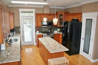 "Photo 9: 33629 12TH Avenue in Mission: Mission BC House for sale in ""COLLEGE HEIGHTS"" : MLS®# R2029110"