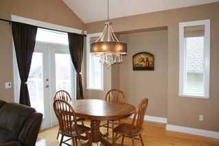 "Photo 5: 33629 12TH Avenue in Mission: Mission BC House for sale in ""COLLEGE HEIGHTS"" : MLS®# R2029110"