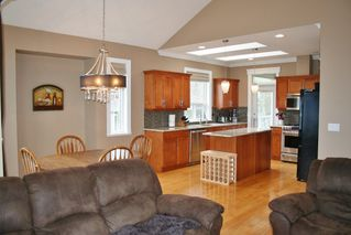 "Photo 7: 33629 12TH Avenue in Mission: Mission BC House for sale in ""COLLEGE HEIGHTS"" : MLS®# R2029110"