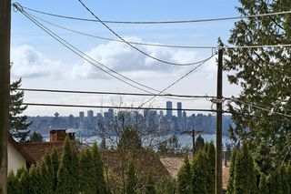 Photo 20: 370 W QUEENS Road in North Vancouver: Upper Lonsdale House for sale : MLS®# R2049324