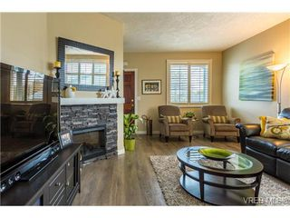 Photo 5: 1639 Pembroke St in VICTORIA: Vi Fernwood House for sale (Victoria)  : MLS®# 726428