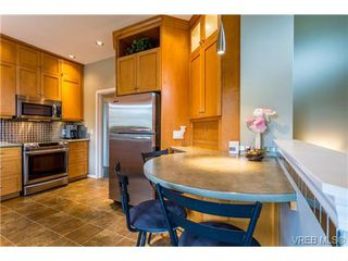 Photo 7: 1639 Pembroke St in VICTORIA: Vi Fernwood House for sale (Victoria)  : MLS®# 726428