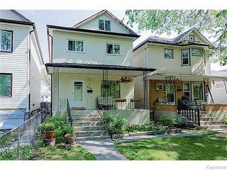 Photo 1: 713 College Avenue in Winnipeg: North End Residential for sale (North West Winnipeg)  : MLS®# 1607946