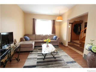 Photo 3: 713 College Avenue in Winnipeg: North End Residential for sale (North West Winnipeg)  : MLS®# 1607946