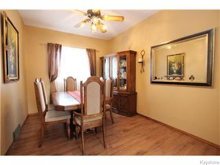 Photo 4: 713 College Avenue in Winnipeg: North End Residential for sale (North West Winnipeg)  : MLS®# 1607946