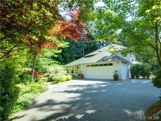 Photo 1: 7349 SEABROOK Road in SAANICHTON: CS Saanichton Single Family Detached for sale (Central Saanich)  : MLS®# 364457