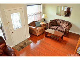 Photo 12: 917 Brock Ave in VICTORIA: La Langford Proper Row/Townhouse for sale (Langford)  : MLS®# 732298