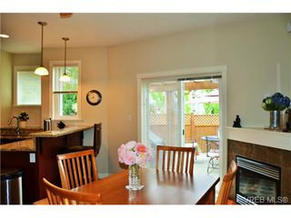 Photo 7: 917 Brock Ave in VICTORIA: La Langford Proper Row/Townhouse for sale (Langford)  : MLS®# 732298