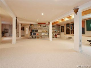 Photo 14: 345 LINDEN Ave in VICTORIA: Vi Fairfield West Single Family Detached for sale (Victoria)  : MLS®# 735323