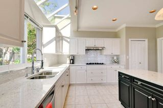 Photo 11: 1107 FIR Street: White Rock House for sale (South Surrey White Rock)  : MLS®# R2120181