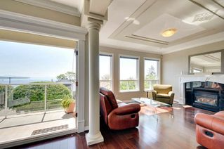 Photo 5: 1107 FIR Street: White Rock House for sale (South Surrey White Rock)  : MLS®# R2120181