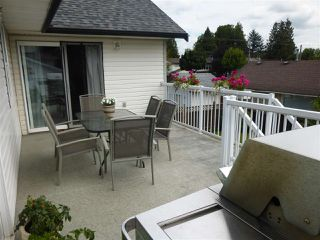 Photo 9: 6382 SELKIRK Street in Sardis: Sardis West Vedder Rd House for sale : MLS®# R2123260